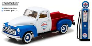 1950 GMC 150 Chevron with Vintage Chevron Gas Pump at diecastdepot