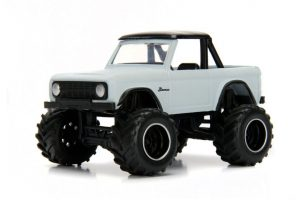 1973 Ford Bronco by Jada Toys - Just Trucks Wave 17 at diecastdepot