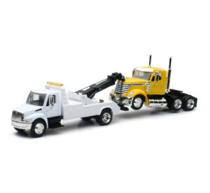 International Tow Truck W/ Truck Cab at diecastdepot
