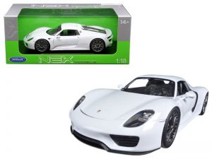 Porsche 918 Spyder Hard Top - White at diecastdepot