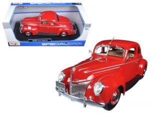 1939 Ford Deluxe Tudor at diecastdepot