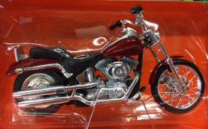 2000 Harley Davidson FXSTD Softail Deuce at diecastdepot