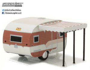 1959 CATOLAC DEVILLE TRAVEL TRAILER (BROWN AND TAN)-HITCHED HOMES SERIES 2 at diecastdepot