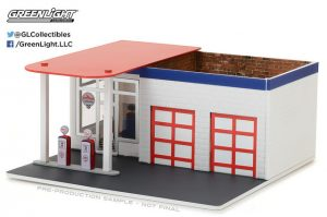 Vintage Gas Station - Chevron - Diorama in 1:64 Scale at diecastdepot
