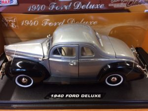 1940 FORD DELUXE  - GREY WITH BLACK FENDERS at diecastdepot