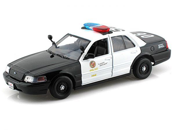 2010 Ford CV Interceptor- LAPD at diecastdepot