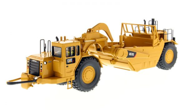 Caterpillar 657G Wheel Tractor Scraper - High Line Series at diecastdepot