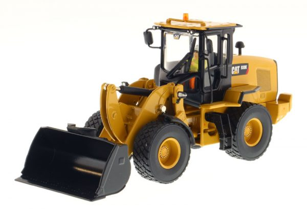Caterpillar 930K Wheel Loader - High Line Series at diecastdepot