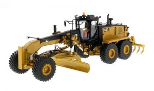 Caterpillar 16M3 Motor Grader - High Line Series at diecastdepot