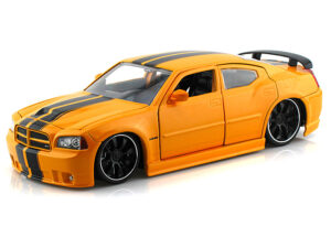 2006 Dodge Charger SRT8 -Yellow at diecastdepot