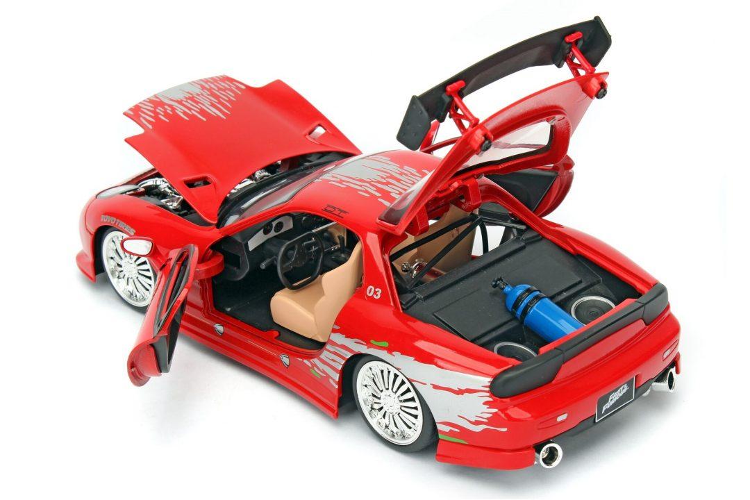 fast & furious - dom's mazda rx-7 1:24: 1:24 diecast>jada toys
