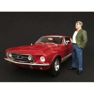 1970'S STYLE FIGURINE VII - CAR NOT INCLUDED at diecastdepot