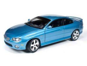 2004 PONTIAC  GTO COUPE (CAR AND DRIVER)