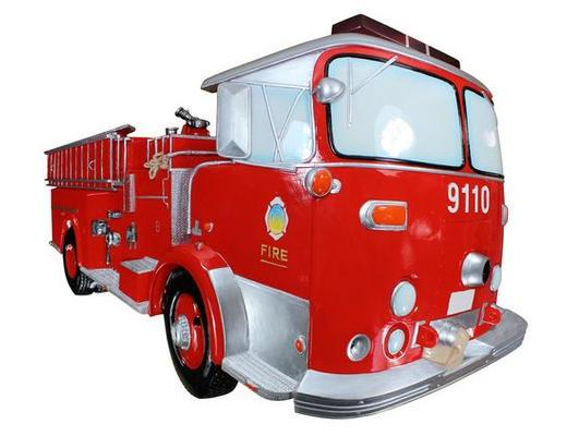 FIRETRUCK WALL PLAQUE WITH WORKING LIGHTS AND SOUND