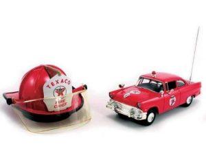 1950 FORD SEDAN - TECACO FIRE CHIEF AND HELMET SET