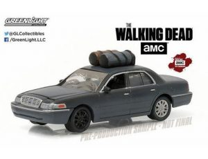2001 Ford Crown Victoria - The Walking Dead