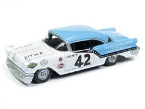 1957 Oldsmobile 88 - Lee Petty at diecastdepot