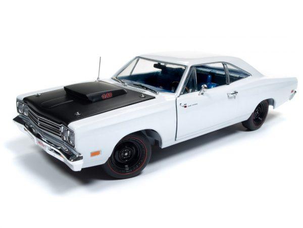 """1969 1/2 Road Runner """"Hemmings Cover Car"""" White at diecastdepot"""