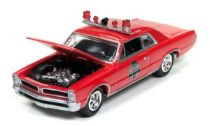 1965 Pontiac GTO (Beat the Heat) in Gloss Red at diecastdepot