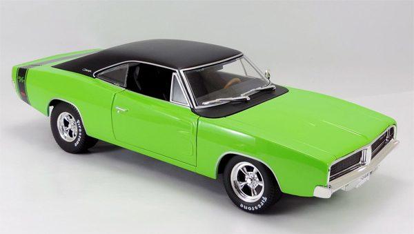 32612gr - 1969 Dodge Charger R/T in Green MAIST DESIGN