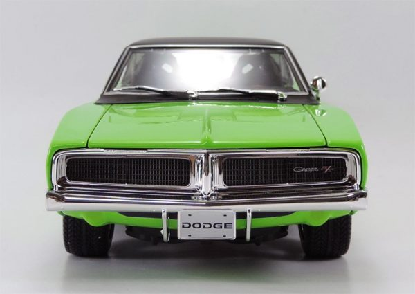 32812g 6 - 1969 Dodge Charger R/T in Green MAIST DESIGN