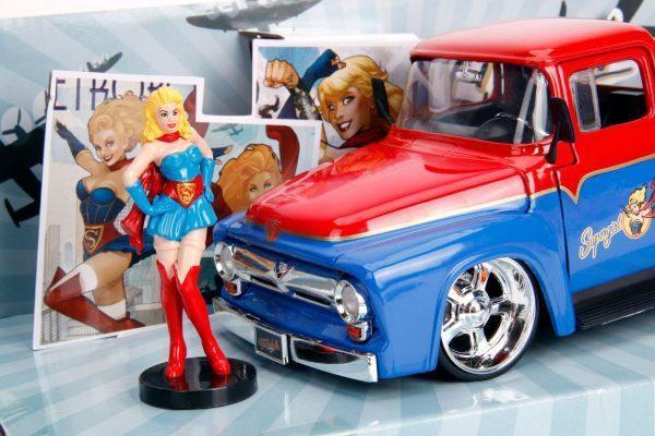 30454 1.24 dc comics bombshells 1956 ford f100 w supergirl 3 - 1956 FORD F100 W/SUPERGIRL - DC COMICS BOMBSHELLS