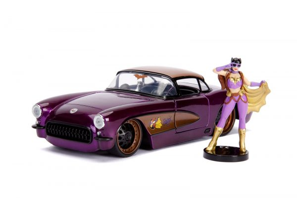 30457 1.24 dc comics bombshells 1957 corvette w batgirl 1 - 1957 CHEVY CORVETTE W/BATGIRL -DC COMICS BOMBSHELLS