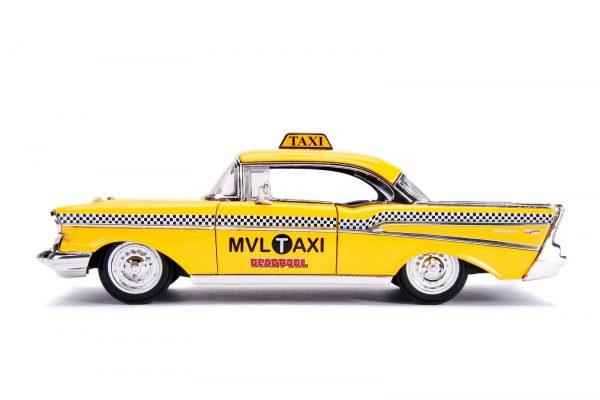 30290 1.24 hwr 1957 chevy bel air taxi w deadpool 4 - 1957 Chevy Bel Air TAXI w DEADPOOL - Hollywood Rides Series by Jada