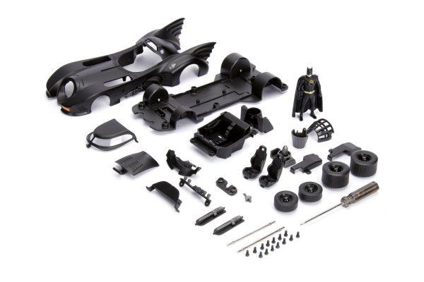30874 1.24 build n collect 1989 batman batmobile w batman 1 - 1989 Batman Batmobile w/Batman - Build N Collect