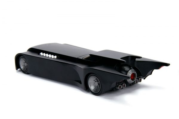 30916 1.24 animated series batmobile w batman 5 - ANIMATED SERIES BATMOBILE W/BATMAN