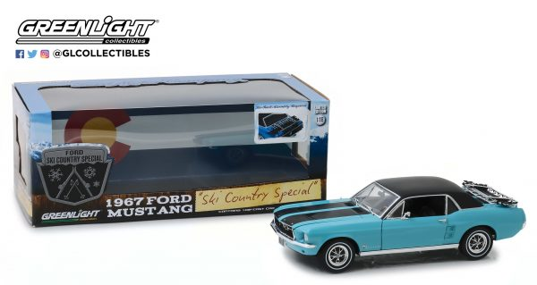 """- 1967 Ford Mustang Coupe """"Ski Country Special"""" - Winter Park Turquoise 1:18"""