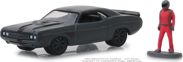 """97060d - 1971 Dodge Challenger """"Shakedown"""" (SEMA Concept) with Race Car Driver-The Hobby Shop Series 6 -1:64"""