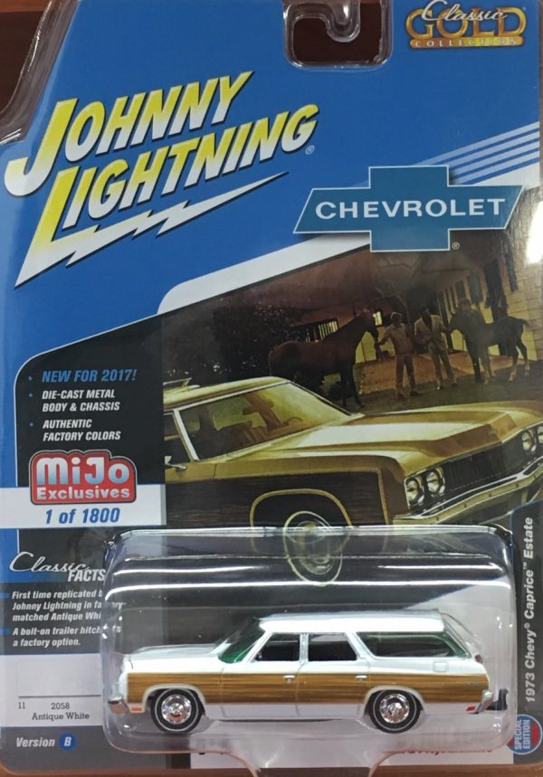 jlcp7003 - 1973 Chevy Caprice Estate - Antique White with wood grain