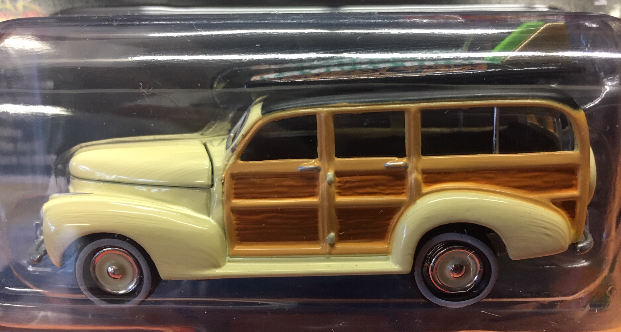 1941 Chevy Special Deluxe Woody - Cameo Cream - Johnny Lightning Street  Freaks