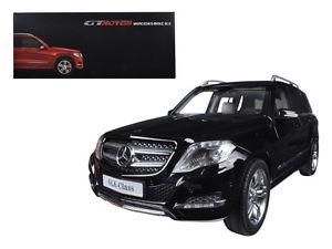 11008bk - 2013 Mercedes Benz GLK- Black 1:18