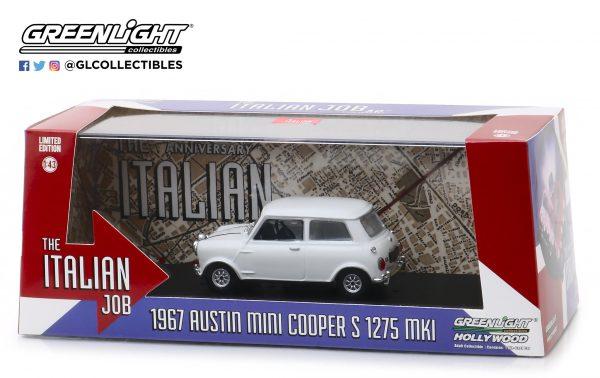 86551b - 1967 Austin Mini Cooper S 1275 Mk. I in White with Black Leather Straps - The Italian Job (1969)
