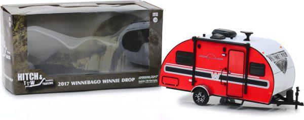 18450b - 2017 Winnebago Winnie Drop Trailer- Hitch and Tow Trailers Series 5 1:24