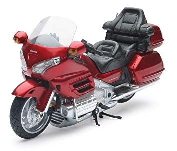 57253a - 2010 Honda Gold Wing-RED 1:12