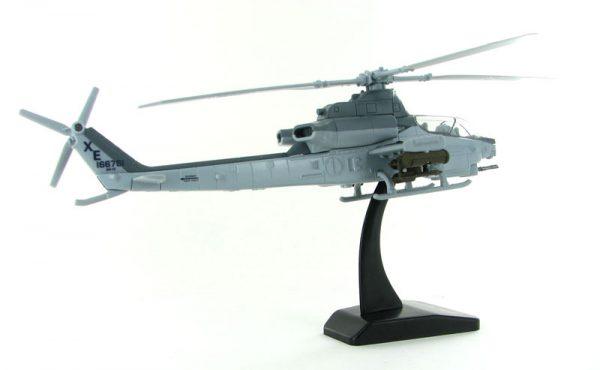 v1 26123 - AH-1Z Bell Cobra Helicopter- 1:55