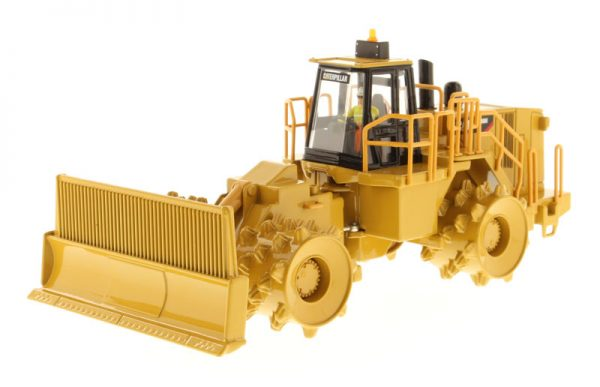 85205 - CAT 836H Landfill Compactor- 1:50 Scale