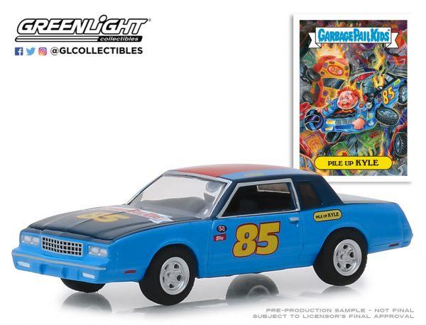 54010b1 - 1983 Chevrolet Monte Carlo - Pile Up Kyle - Garbage Pail Kids - Series 1