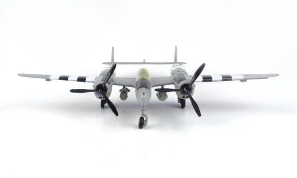 76365 product 01 - Lockheed Martin P-38 Lightning Airplane - 1:60 scale