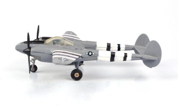76365 product 02 - Lockheed Martin P-38 Lightning Airplane - 1:60 scale
