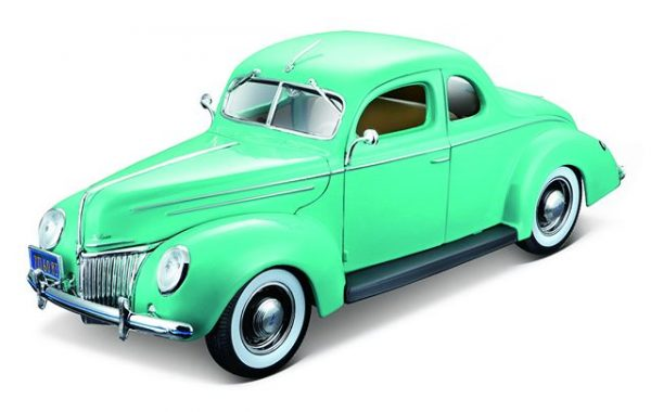 31180mint - 1939 Ford Deluxe Tudor - Mint Green - new color