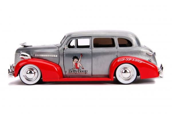 31091 1.24 jada 20th hollywood rides 1939 chevy master deluxe 3 scaled - 1939 CHEVY MASTER DELUXE – HOLLYWOOD RIDES