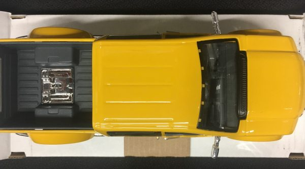 31213d - FORD MIGHTY F-350 SUPER DUTY PICK UP TRUCK - YELLOW - 1:31 SCALE