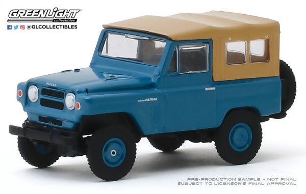 35150a - 1968 Nissan Patrol in Mt. Fuji Blue