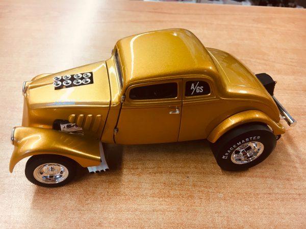 a1800914a - 1933 Willys Gasser Custom - Gold Metallic
