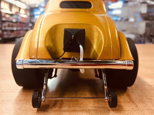 a1800914d - 1933 Willys Gasser Custom - Gold Metallic