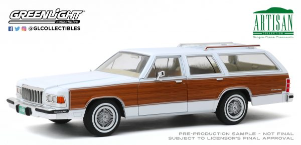 19067 - 1989 Mercury Grand Marquis Colony Park - White with Wood Grain Paneling